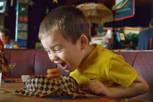 kid-friendly astoria oregon restaurant