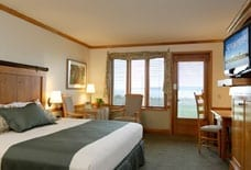 Deluxe Waterview room, photo courtesy Semiahmoo Resort