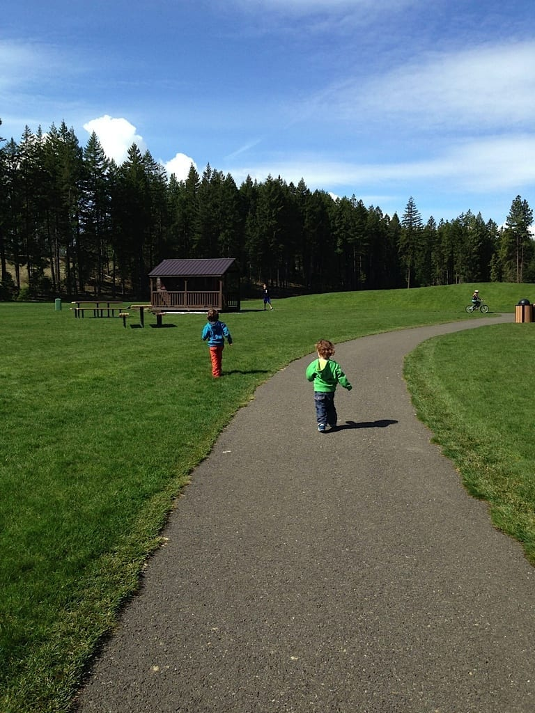 Running on the Suncadia Resort paths